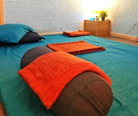 2018 thai yoga massage room uc (3)